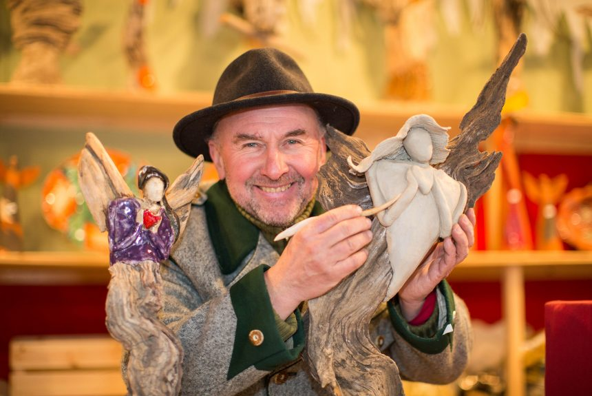 Gerhard Oberholzner - Selbstgemachtes Handwerk am Salzburger Christkindlmarkt